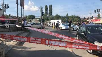 Кола се вряза в търговски обект в столичния квартал Овча купел