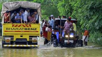 Българка е потърсила помощ от посолството в Делхи след наводненията в Индия