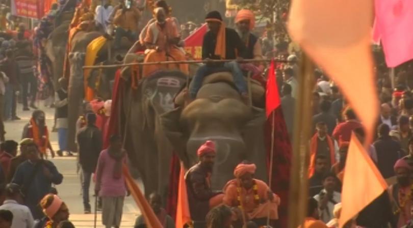 150 милиона хиндуисти от цял свят тръгнаха на поклонение, което