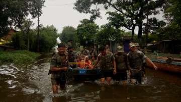 Почти 150 станаха жертвите на наводнението в Индия