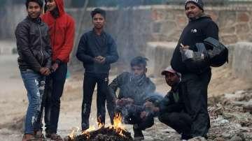 28 жертви на необичаен студ в Индия