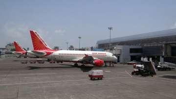 Три индийски летища в тревога от отвличане на самолети