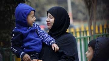 Индийският парламент прие закон, криминализиращ светкавичния развод