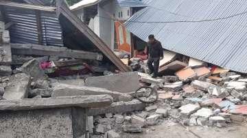 Евакуацията продължава: Блокирани туристи след земетресението в Индонезия