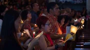 Индонезия отбелязва 12 години от голямото цунами с молитви