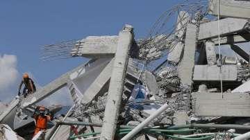 Жертвите на земетресението и вълната цунами в Индонезия са над 1200