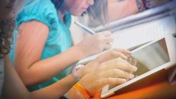 Предимства на образованието, събрано във флашка