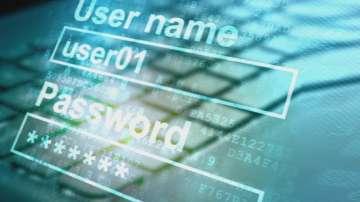 ЕК с мерки за незаконното съдържание в интернет