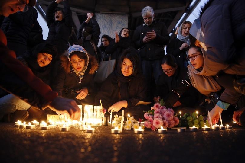 Иранският президент Хасан Рохани се е извинил на Украйна за
