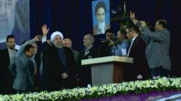 Иранският президент остава на власт