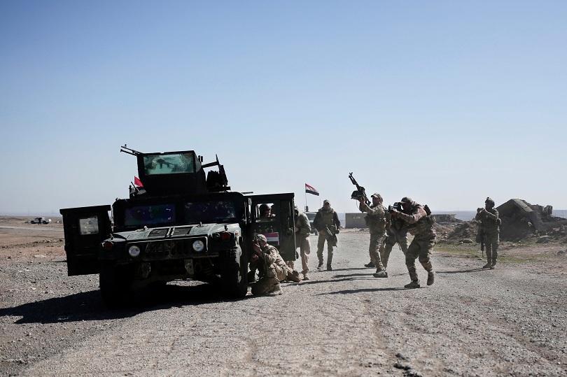 минирани участъци забавят офанзивата джихадистите мосул