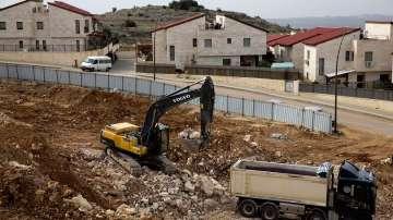 Израел прие закон за еврейски жилища на Западния бряг