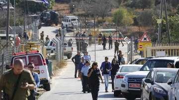 Палестинец застреля трима израелци на Западния бряг, след което беше убит