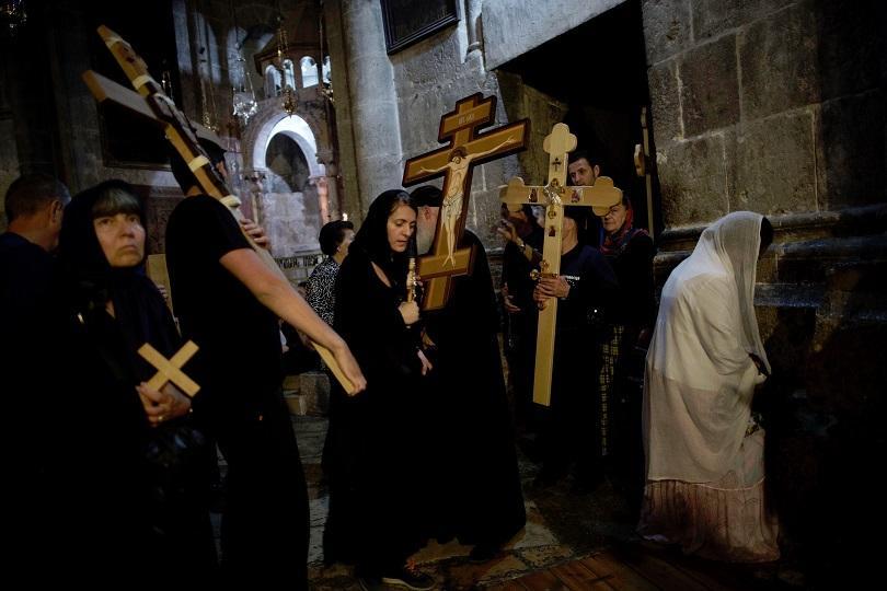 снимка 3 Православният свят отбелязва деня на Христовите страдания