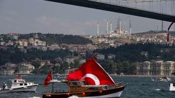 От нашите пратеници: Върнаха извънредното положение в Истанбул