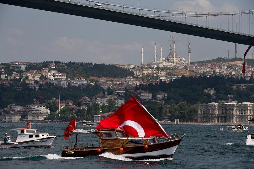 снимка 1 Арестуваха петима, готвили атентат в Истанбул