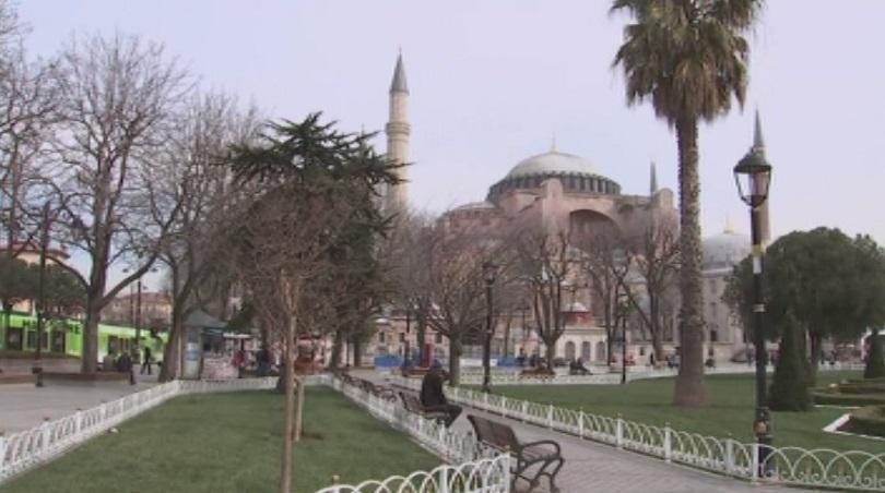 Арестуваха петима, готвили атентат в Истанбул