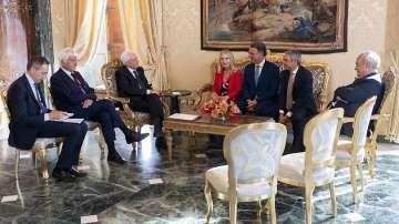Италианският президент преговаря с партиите за изход от политическата криза