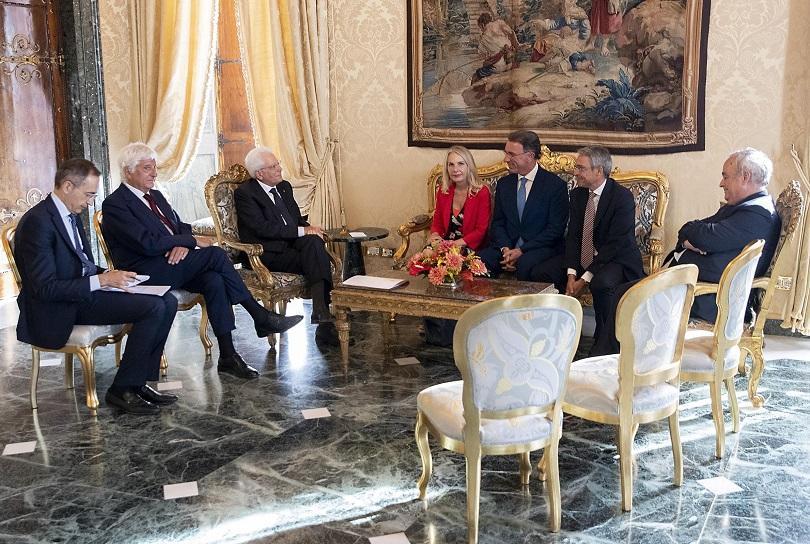 Ден след оставката на премиера Джузепе Конте, италианският президент Серджо