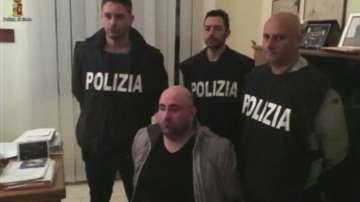 Арест под прикритие в Италия