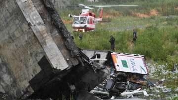 Трагедия в Италия: Най-малко 22 души са загинали при срутването на моста в Генуа