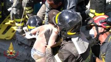 Спасиха три братчета от руините след земетресението в Италия