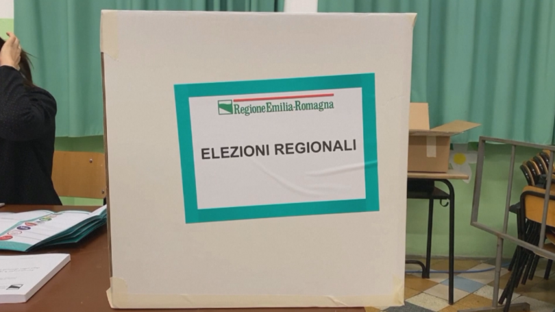 В две италиански провинции - Емилия-Романя и южна Калабрия, се
