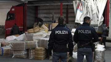 Разбита е китайска мафиотска организация в Италия