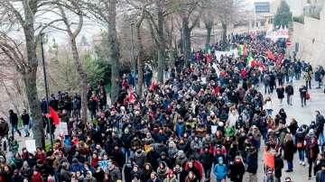 Антифашистки протести в Италия