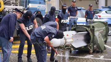 Полицията иззе бойна ракета при операция срещу крайни екстремисти в Италия