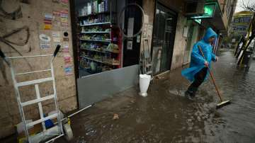 Жертви и щети след бурите в Италия