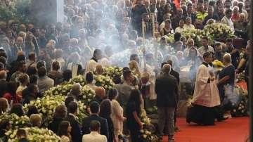 Роднини на загинали край Генуа бойкотираха траурната служба за жертвите