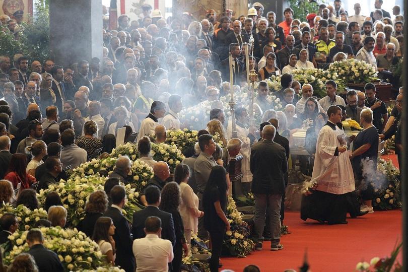 В деня на национален траур, Италия се сбогува с жертви