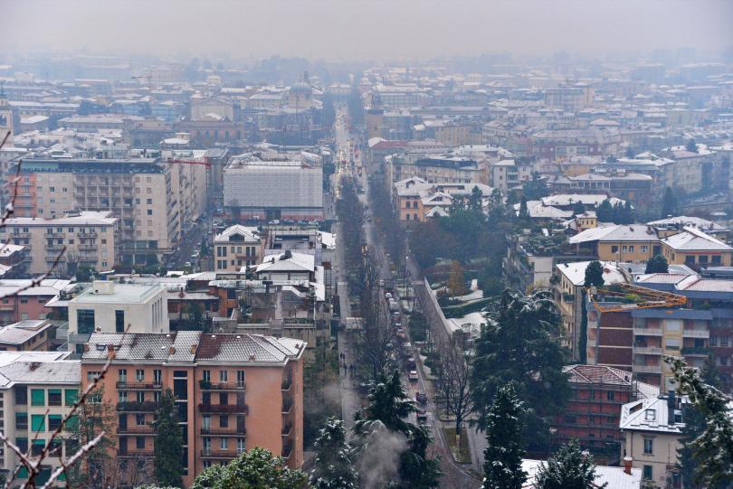 снимка 5 Бури, студ и снеговалежи сковаха Испания и Италия (СНИМКИ)