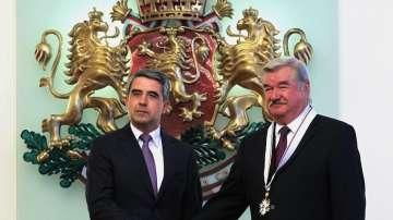 Орден Стара планина - първа степен за посланика на Русия Юрий Исаков
