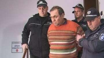Съдът решава дали да остави за постоянно в ареста Иван Евстатиев