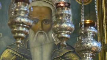 Стотици християни се помолиха за здраве в деня на Свети Иван Рилски