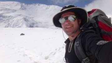 Алпинистът Иван Томов ще бъде погребан под връх Лхотце