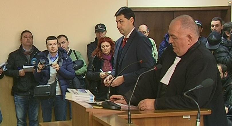 кметът пловдив иван тотев отива съд