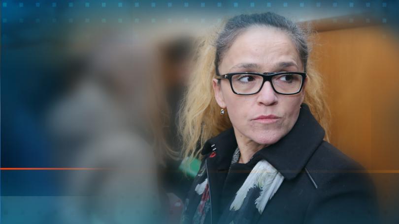 Адвокат Николай Хаджигенов пое защитата на Десислава Иванчева