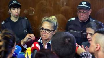 Кметът на Младост Десислава Иванчева остава в ареста