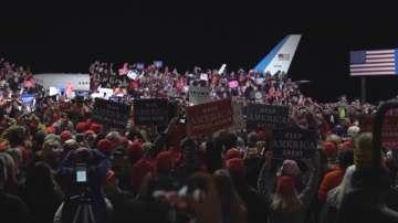 Междинни избори в САЩ: Демократите печелят мнозинство в Камарата