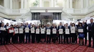 В памет на жертвите на Холокоста: Депутати се включиха в кампанията Ние помним