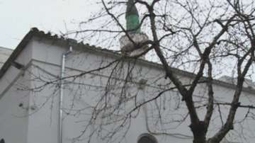 Късо съединение е причинило пожара в джамията във Варна