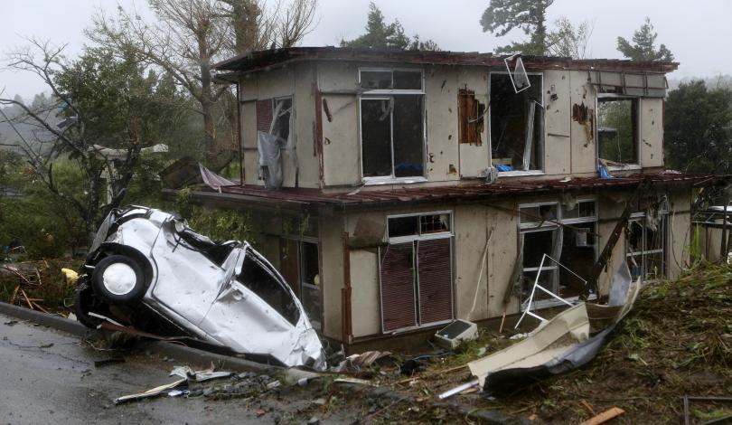 япония изпрати военни помощ пострадалите хагибис