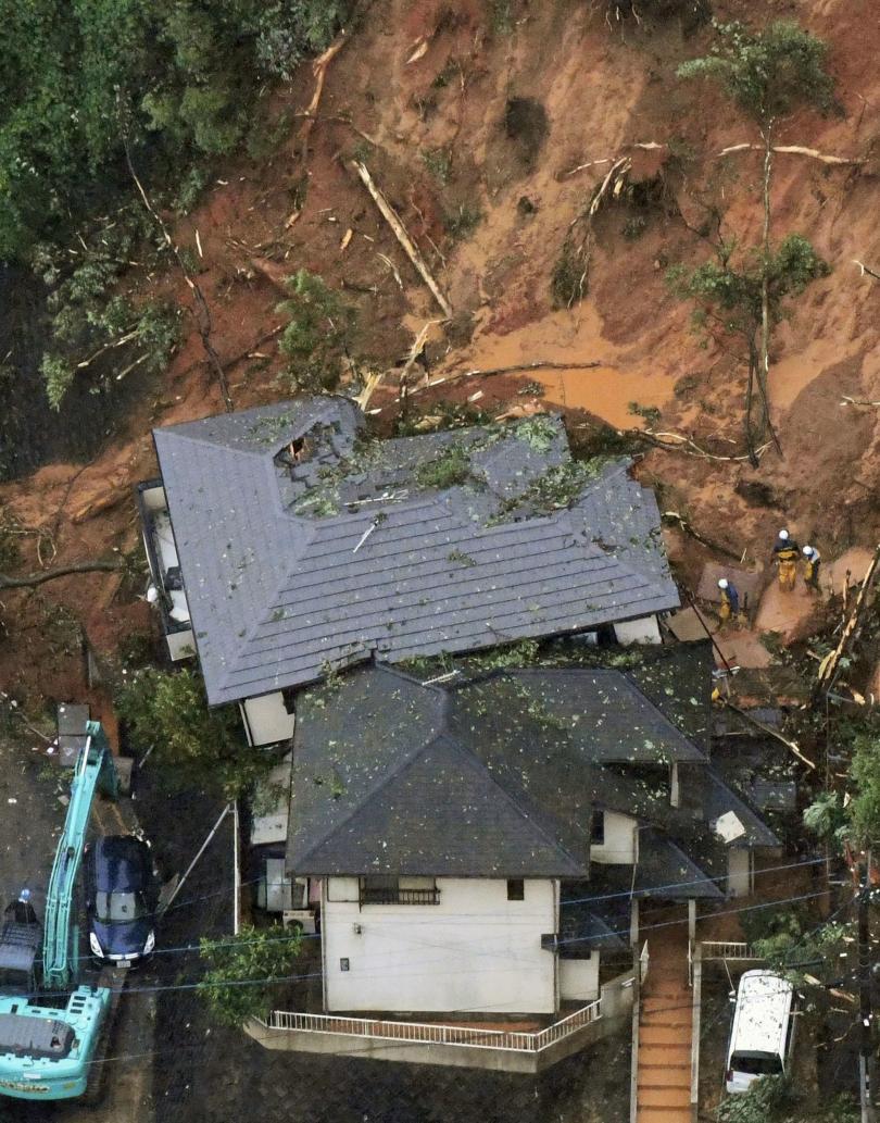 снимка 2 54 жертви на жегите в Канада, над 20 души загинаха след порои в Япония