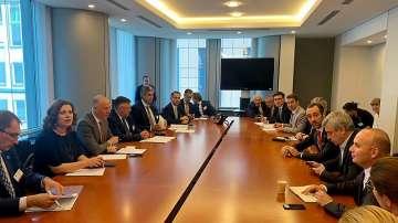 Министър Росен Желязков води разговори в Брюксел за пакета Мобилност