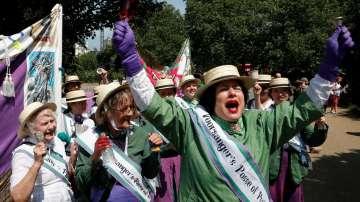 Във Великобритания отбелязаха 100 години, откакто жените имат право да гласуват