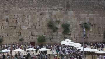 Спрян е достъпът до част от Стената на плача в Ерусалим заради падане на камък