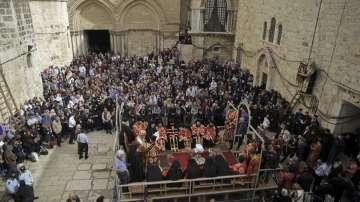 Вярващи от цял свят сe събраха в Ерусалим за процесиите на Разпети петък